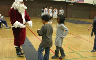 Santa visits kids at La Sierra University