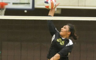 Lina Semaia had a strong performance in La Sierra's win over Hope International tonight.