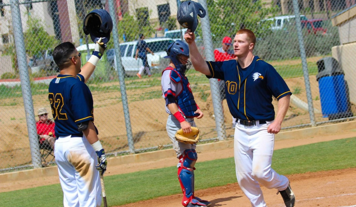 Photo for Golden Eagles Split DH With Redhawks