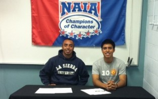 Meza Signs With Golden Eagles